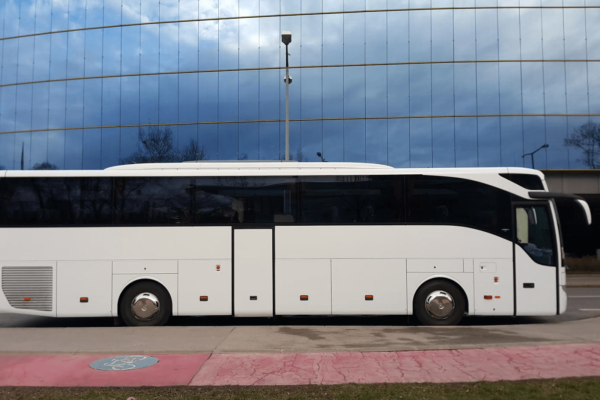 MercedesBenz Tourismo 49+1+1